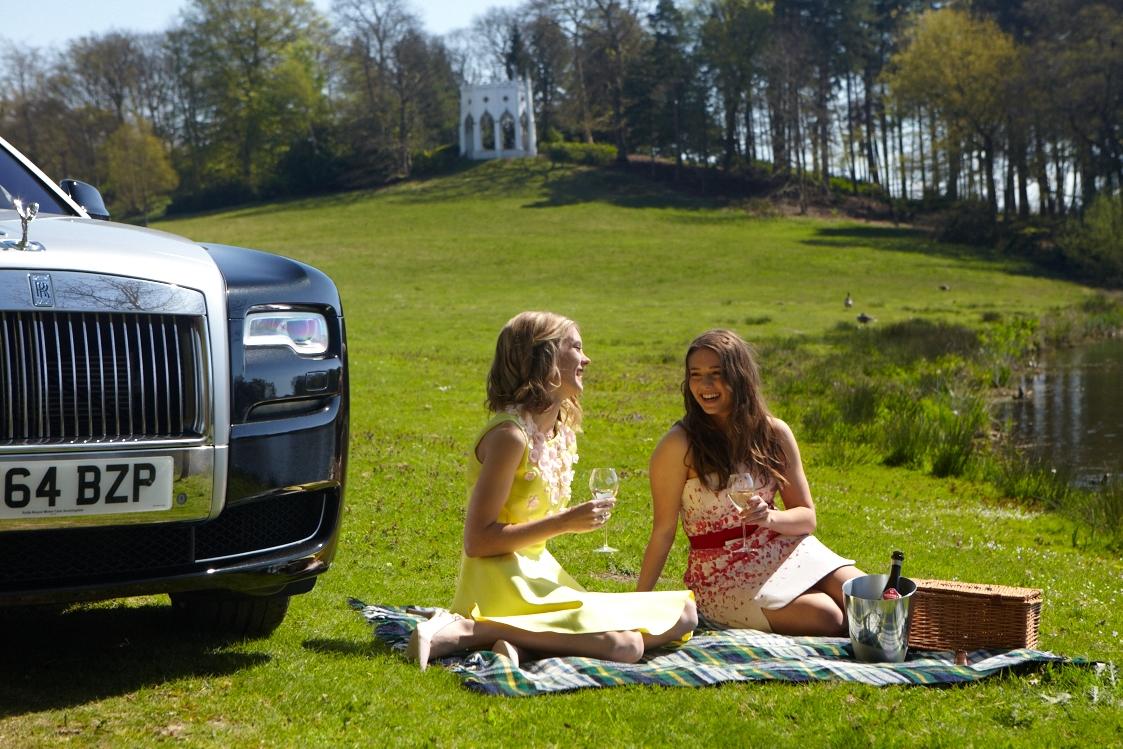 Rolls Royce April by Libi Pedder108